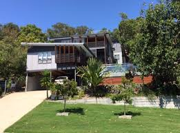 bombora holiday house point lookout north stradbroke island