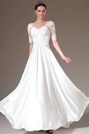 robe de mari e pr s du corps robe de mariée bustier drapée dentelles près du corps à traîne