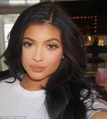Top Makeup Schools In Nyc Kylie Jenner Discovered Her Makeup Artist Ariel Tejada On