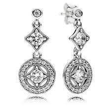 hanging earrings best 25 hanging earrings ideas on