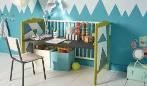 petit bureau bebe diy transformer un lit de bébé en bureau pour enfant bureau pour