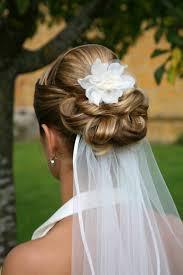 Hochsteckfrisurenen Brautfrisuren Schleier by 30 Brauthaarschmuck Ideen Für Eine Charmante Hochzeitsfrisur