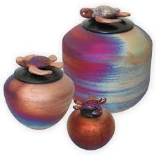 Vase For Ashes Keepsake Urns And Small Urns For Ashes Une Belle Vie