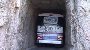 South Dakota travel by bus images Bus f hrt durch den tunnel am needles highway jpg