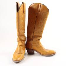 light colored cowgirl boots women s frye light brown leather cowboy boots ebth