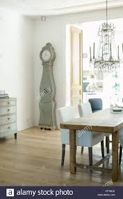 Chandelier Above Dining Table Glass Chandelier Above Dining Table With Traditional Scandinavian