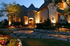 accent outdoor lighting st louis st louis landscape lighting green turf