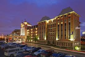 Kentucky Comfort Center Crowne Plaza Louisville Airport Expo Center 2017 Room Prices