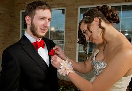 corsage and boutonniere for homecoming a prom how to learn to pin a boutonniere without poking your date