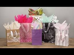 Gift Wrapping Bow Ideas - 53 best gift wrapping tips and tricks images on pinterest