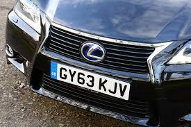 lexus gs300h uk lexus gs300h 2014 pictures lexus gs300h front tracking auto
