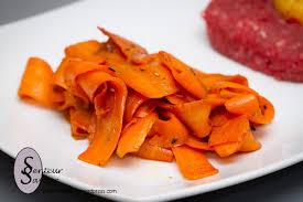 cuisiner des carottes tagliatelles de carottes à la sauce soja senteur et saveur
