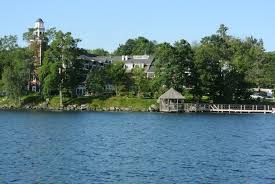 lake winnipesaukee lakefront homes for sale