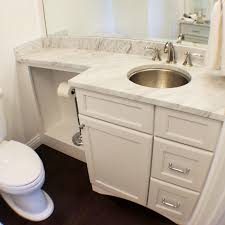 changing depths but not heights in this small bathroom keeps the