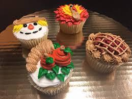 thanksgiving cupcake class chrusciki bakery