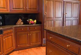 kitchen cabinet hardware ideas pulls or knobs kitchen cabinet hardware pulls seasparrows co