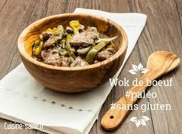 cuisiner des poivrons verts recette paléo sans gluten wok de bœuf basilic et poivrons verts