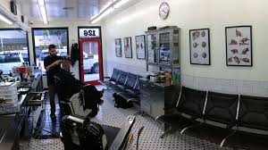Old Barber Chairs For Sale South Africa Inside Barber Surgeons Barbershop My Home Town Pinterest