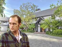bob newhart lists wallace neff in bel air for 15 5 million