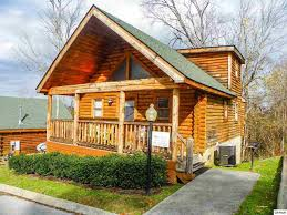 pigeon forge cabins to log homes for sale