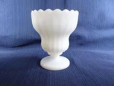 White Glass Vase Vintage Mint Fenton Silvercrest Ruffled Edge White Fan Vase 13