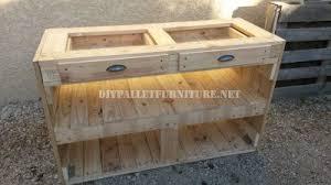 cuisine en palette bois chiffonier de palettes pour la cuisine pallets drawers and kitchens