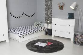 chambre fille et blanc chambre noir et blanc ado idées de décoration capreol us