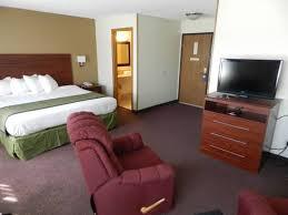 Comfort Inn Dubuque Ia Baymont Inn And Suites Dubuque Dubuque Ia United States