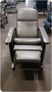 used stryker 3110 0405 50 series medical hospital recliner chair