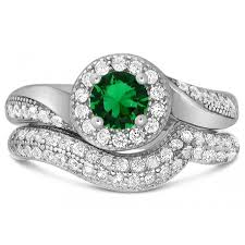 green wedding rings antique 2 carat green emerald cubic zirconia wedding ring set