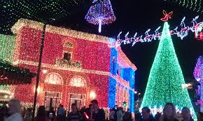best christmas lights in the world coolest christmas lights christmas decor