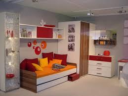 aménager sa chambre à coucher exemple de chambre murale modele decoration deco couleur coucher une