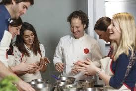 cours de cuisine en groupe cours de cuisine en groupe à l atelier des chefs à lille 59