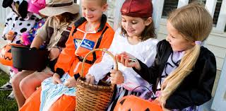 trick or treating this halloween know your group behaviour