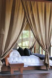 Curtains For Canopy Bed To Create Dreamy Bedrooms Using Bed Curtains