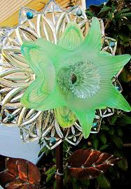 2258 best beautiful glass flowers sun catchers images on
