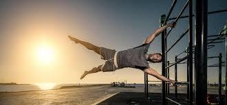 Flag Pole Workout Calisthenics U2013 Dein Weg Zur Human Flag U2013 Fitness First Blog