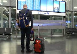 United Luggage by United Offers Waivers For Travelers To And From O U0027hare Disrupted