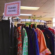 clothing stores 11 metro detroit vintage clothing stores you should already be