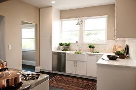 White Kitchen Backsplashes Half Tile Kitchen Backsplash Design Ideas