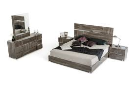 grey lacquer cal king bedroom set with bed nightstands dresser mirror