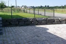bloc de pierre pour mur pierres ornement jardin concassées ardenne bertrix carrière des
