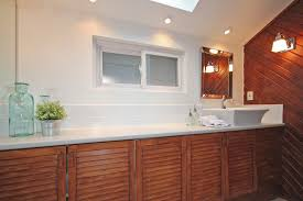 Staged Bathroom Pictures by Top Staging Tricks Refresh Your Kitchen U0026 Baths The Village Guru