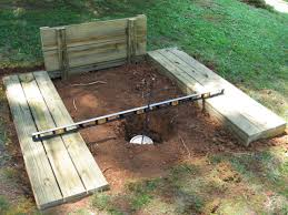 How To Build A Cheap Cabin by Best 25 Horse Shoe Pit Ideas On Pinterest Cheap Driveway Ideas