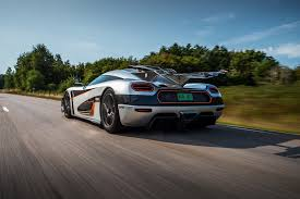 white koenigsegg one 1 koenigsegg one 1 specs 2014 2015 autoevolution