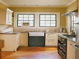 Maple Cabinet Kitchen Ideas by French Country Cottage Kitchen U Shaped White Maple Wood Kitchen