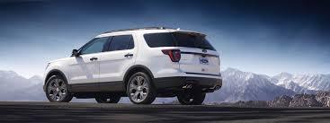 Ford Explorer Towing Capacity - ford updates explorer for 2018 platinum model features quad