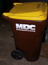 garbage yard waste disposal recycling woodstock illinois