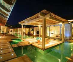 Outdoor Living Room In The Middle Of A Pool Arquitetura - Outdoor living room design