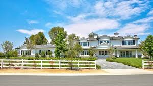 kylie jenner buys hidden hills home u2014 take a tour inside today com